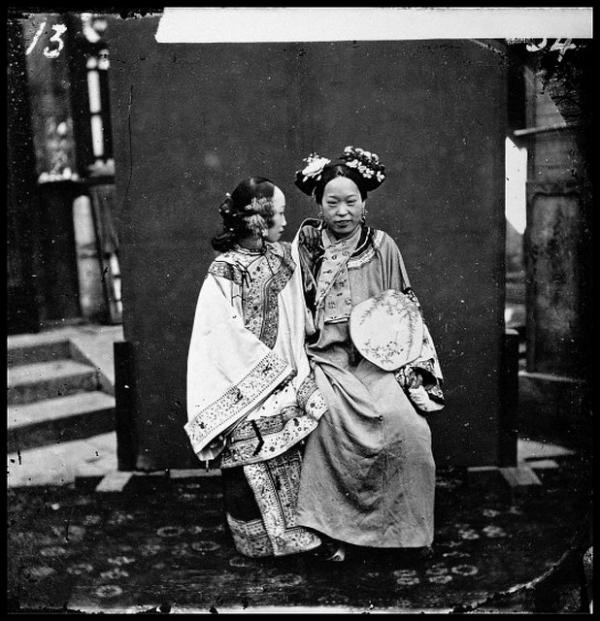 Rare Vintage Photographs Of Chinese Women From The 1860s