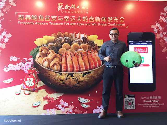 "Me, at the event, where the ""Spin & Win"" WeChat Game in collaboration with Dragon-i is introduced too."