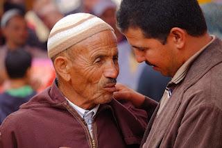 Perilaku Sayang Dan Berbakti Kepada Orang Tua