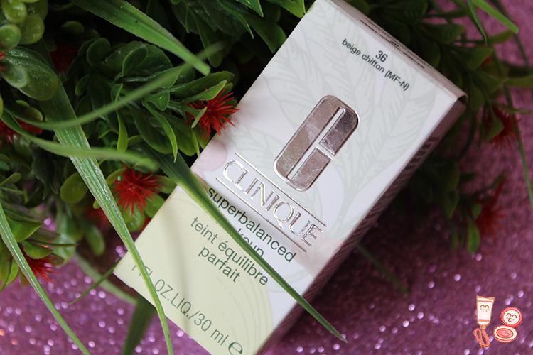 6fd4bbaed Base de maquillaje Superbalanced de Clinique | Potigirls