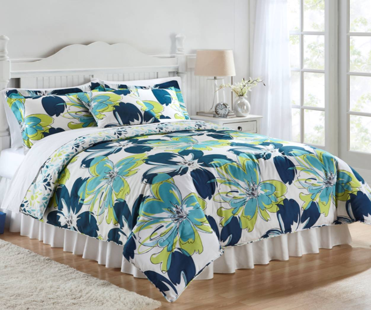 BonTon Style   virtual runway: Deal of the Day: Comforter Sets