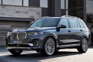 BMW X7 (2019) Front Side