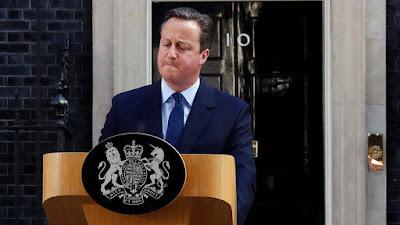 Reino Unido decide sair da UE e primeiro-ministro renuncia