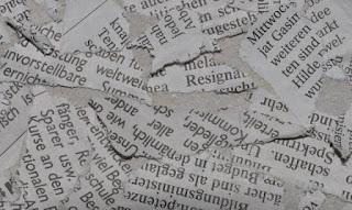 Menyobek Kertas Oleh Al Dina Blora Jawa Tengah