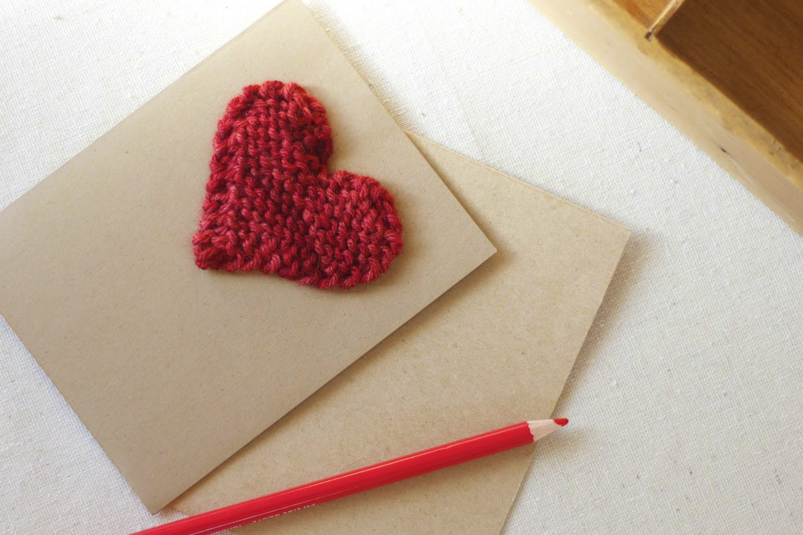 ... love you, like a hand~knit valentine heart. Here's how to make one