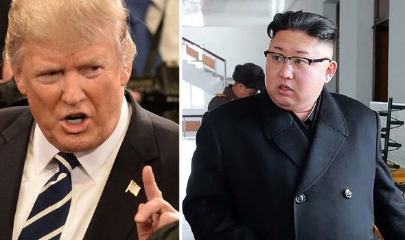 BERITA TERKINI : Presiden Amerika Serikat Donal Trump Memperingatkan Korea Utara untuk Kalem 'Semua Pilihan Tersedia''