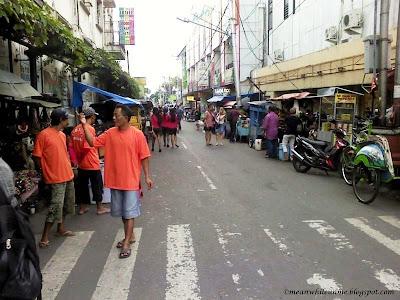 Suasana Jalan Dagen