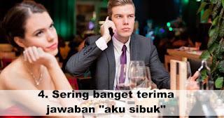 """Sering banget terima jawaban """"aku sibuk"""" merupakan salah satu Gejala kalau pasanganmu tidak cinta lagi"""