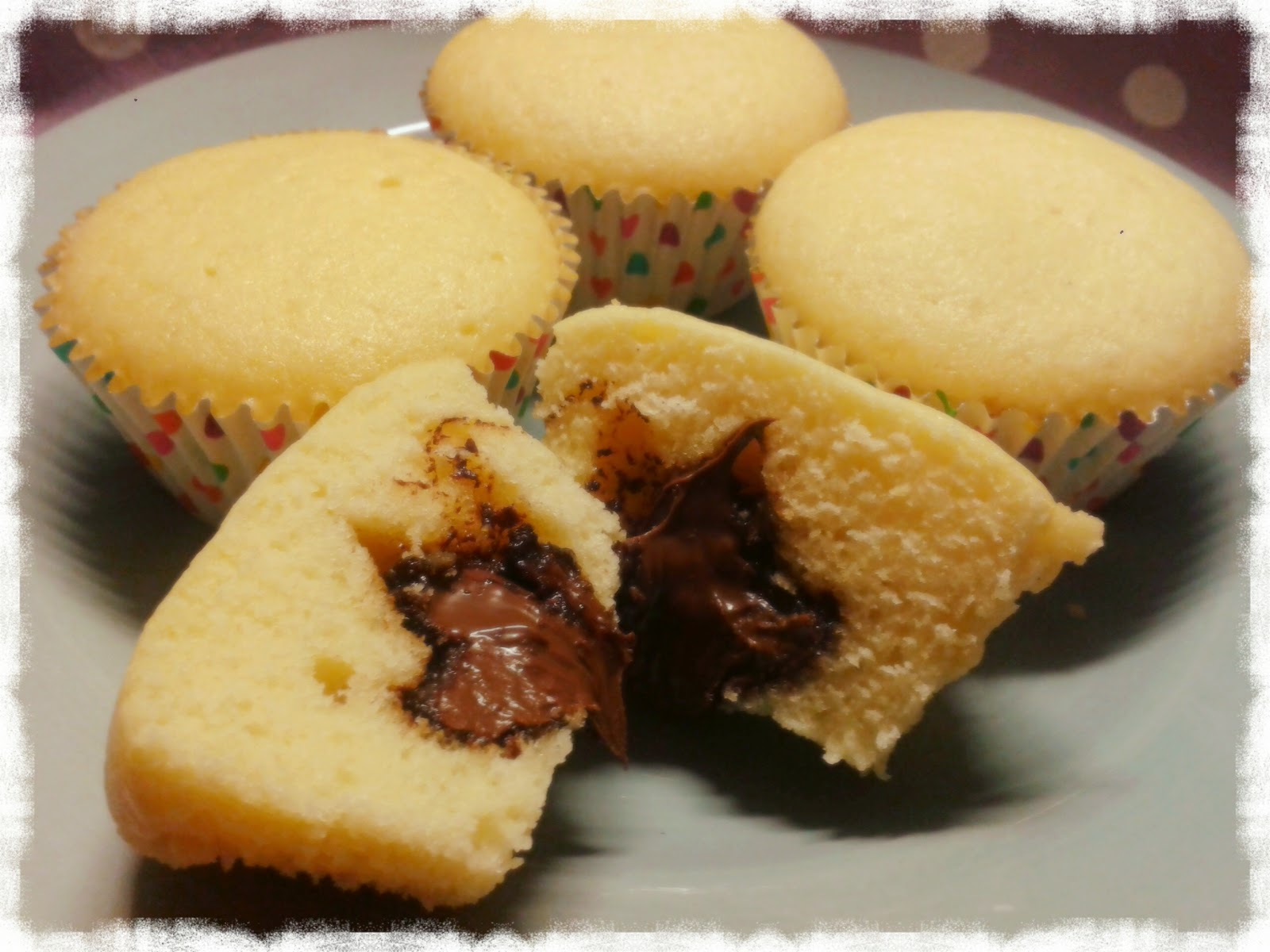 kein kuchen ist auch keine l sung vanille muffins mit nutellakern. Black Bedroom Furniture Sets. Home Design Ideas