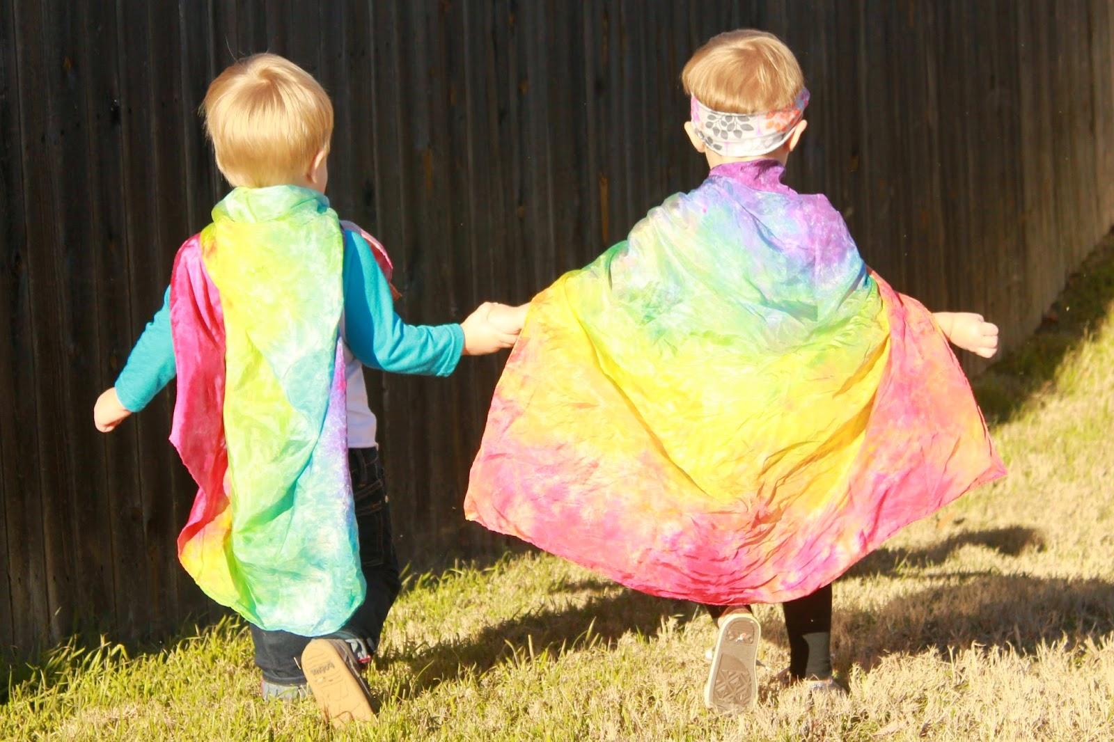the talk com giveaway twin talk blog over the rainbow playsilks giveaway 5389