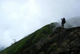 http://wisatasri.blogspot.co.id/