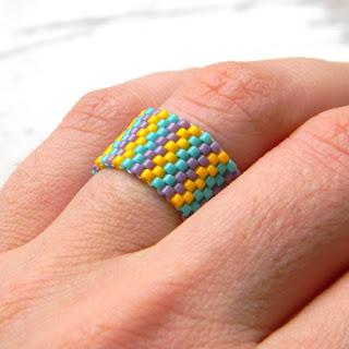 купить кольцо из бисера подарок девушке оригинальное украшение на каждый день
