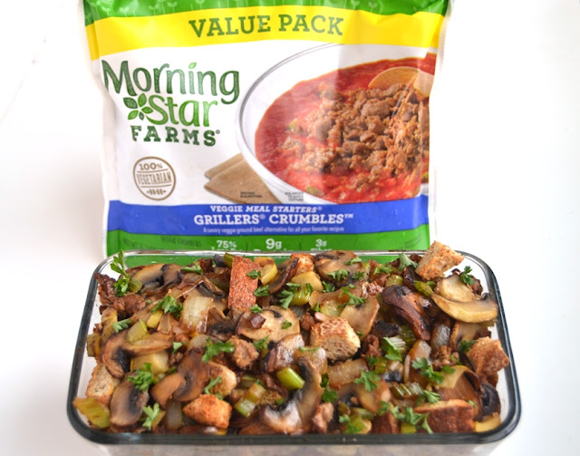 Apple, Celery and Mushroom Stuffing is a healthier family favorite that is loaded with sauteed mushrooms and onions, apples, celery and flavorful meatless crumbles for a vegetarian side dish! www.nutritionistreviews.com
