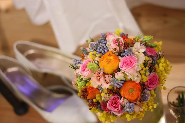 Frühlingsbrautstrauß Passiflori Blumen, Hochzeitstage München 2017 AVR MOC Stand Riessersee Hotel Garmisch-Partenkirchen, wedding fair Munich 2017