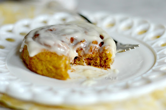 fall cinnamon rolls