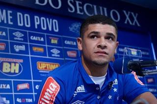 Denilson deixa o Cruzeiro