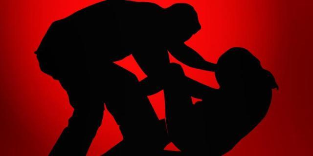 Sadis!! Dua Siswi SMP Diperkosa 10 Orang Pria di Pematang Sawah