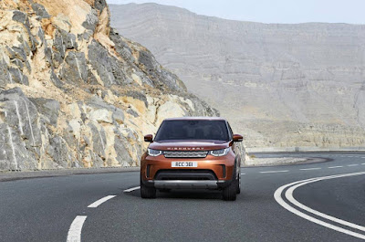 2017 Land Rover Discovery picture
