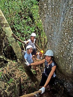 Ugong Rock spelunking Palawan itinerary