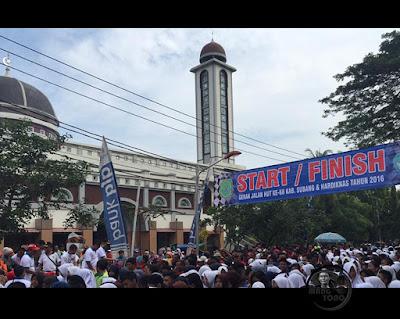 Ribuan Peserta Gerak Jalan HUT Subang Ke-68 Tahun 2016