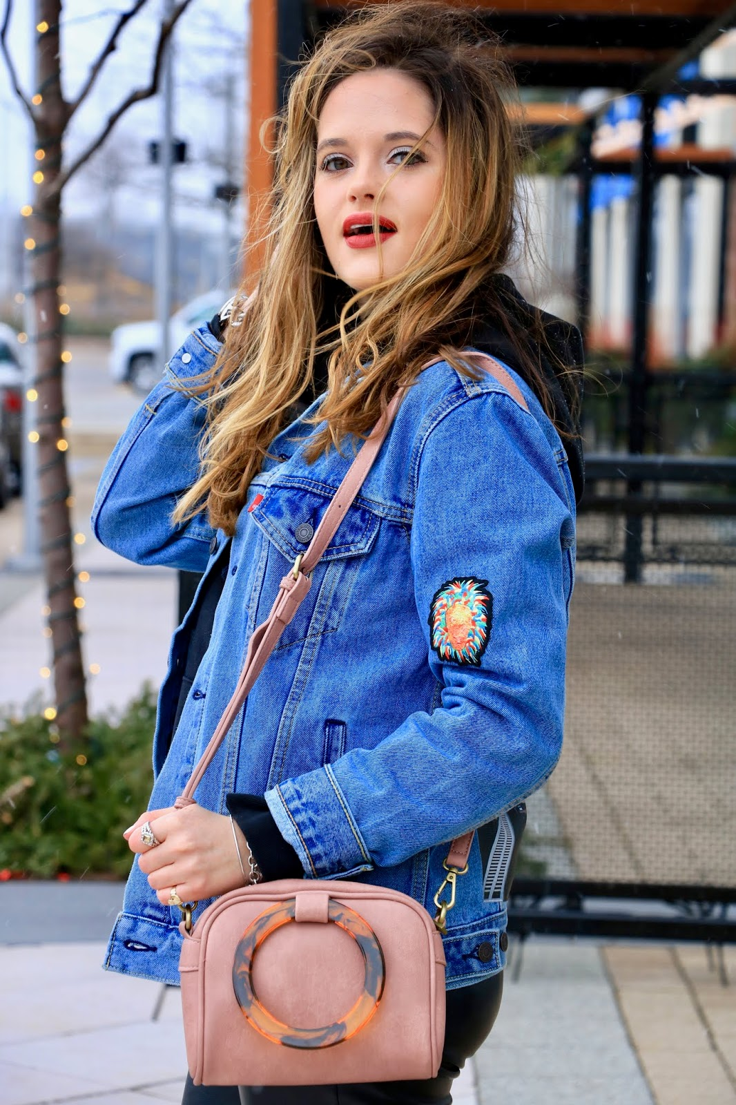 Nyc fashion blogger Kathleen Harper's Levi's street style