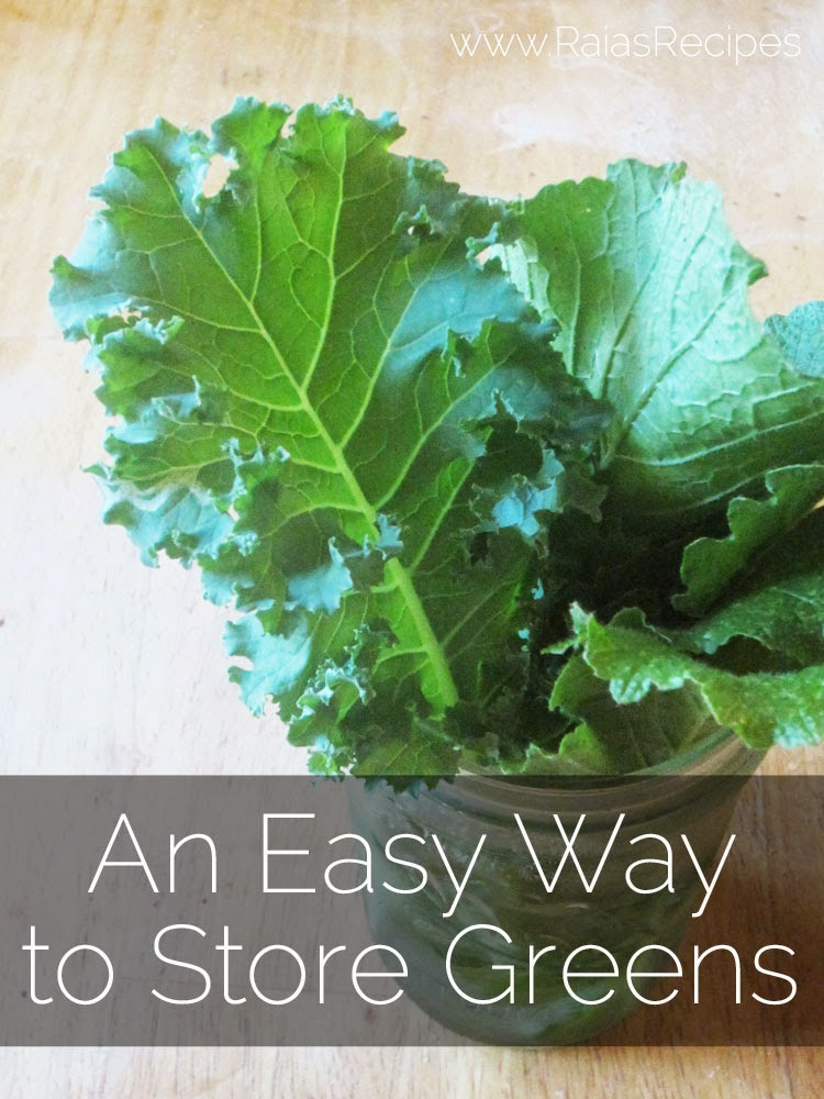 An Easy Way to Store Greens | www.RaiasRecipes.com