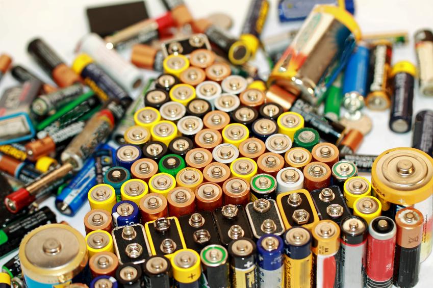 akkusmir so entsorgen sie ihre alten batterien und akkus richtig. Black Bedroom Furniture Sets. Home Design Ideas