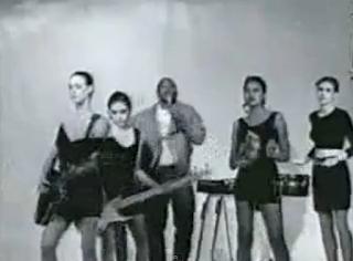 videos-musicales-de-los-80-tone-loc-wild-thing