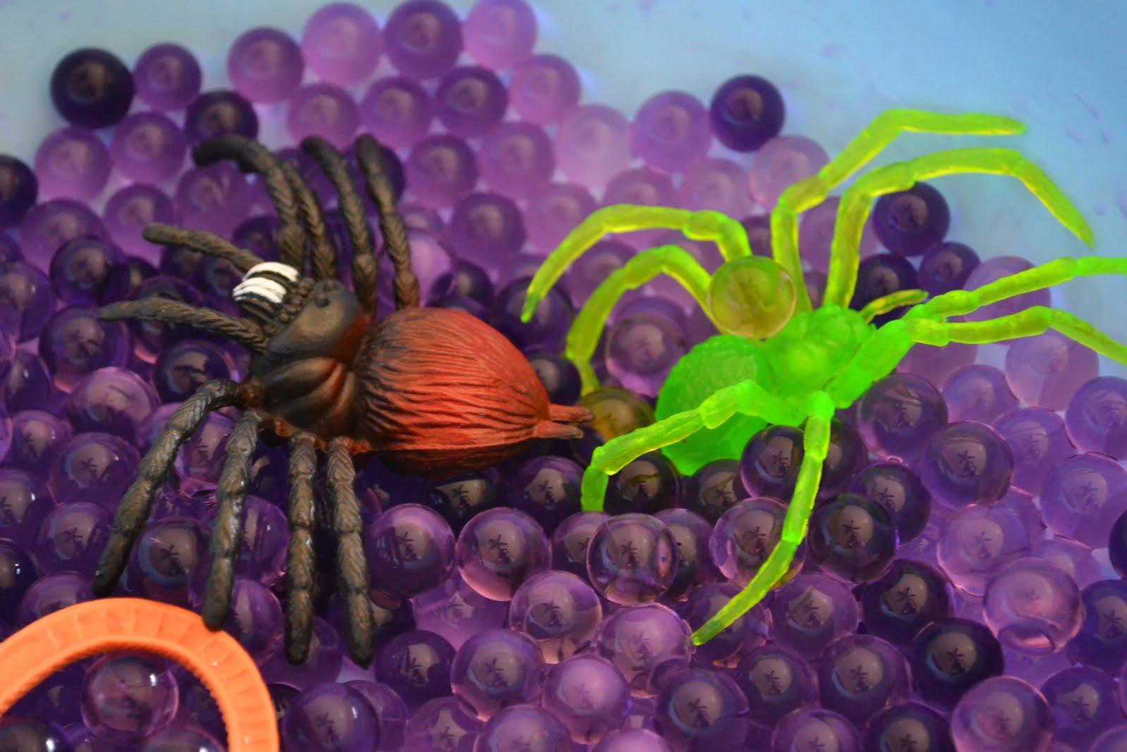 Messy Kids Creepy Crawly Water Beads