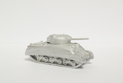 BRV14   M4A1 Sherman, 75mm gun, sand skirts