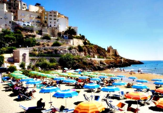 Spiaggia Hotel Mayor Sperlonga.jpg