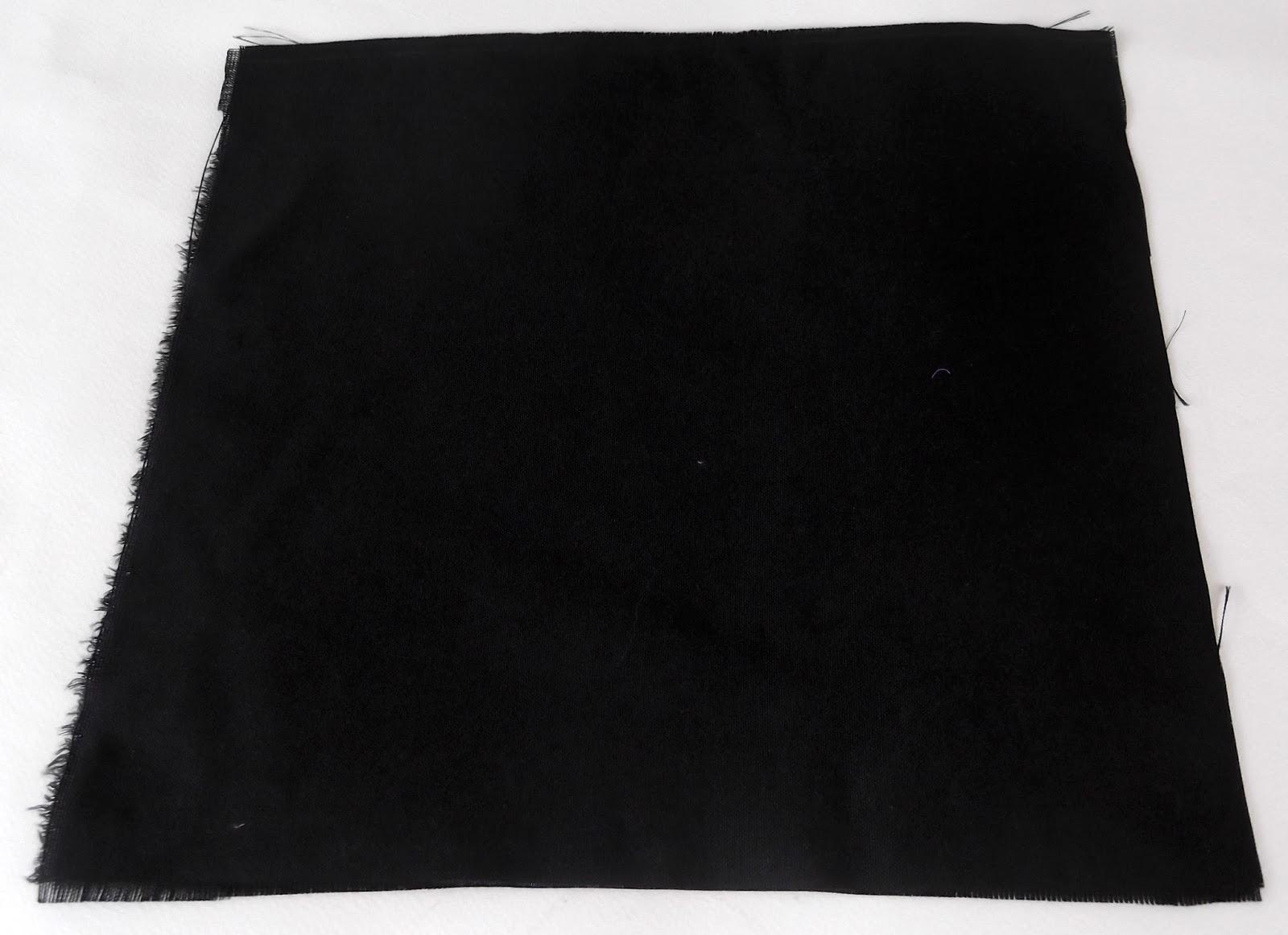 μαύρο ύφασμα, κομμάτι υφάσματος