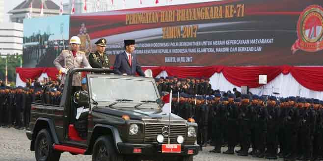HUT Ke-71 Bhayangkara, Jokowi Beri Hadiah Spesial buat Polisi Ini