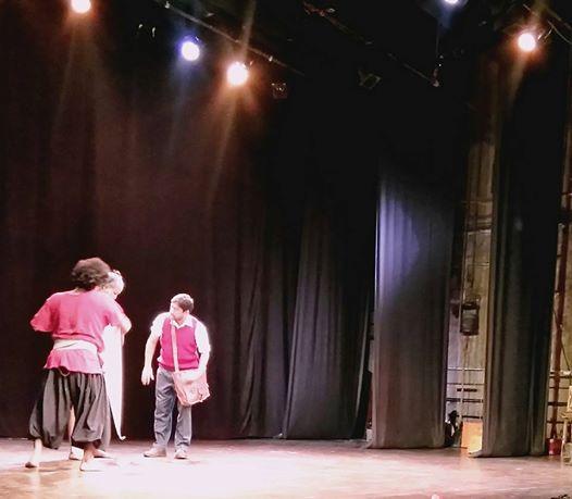 [रंग समीक्षा] अमीर निजार जुआबी का नाटक और मोहित ताकलकर का निर्देशन: समीक्षक प्रज्ञा
