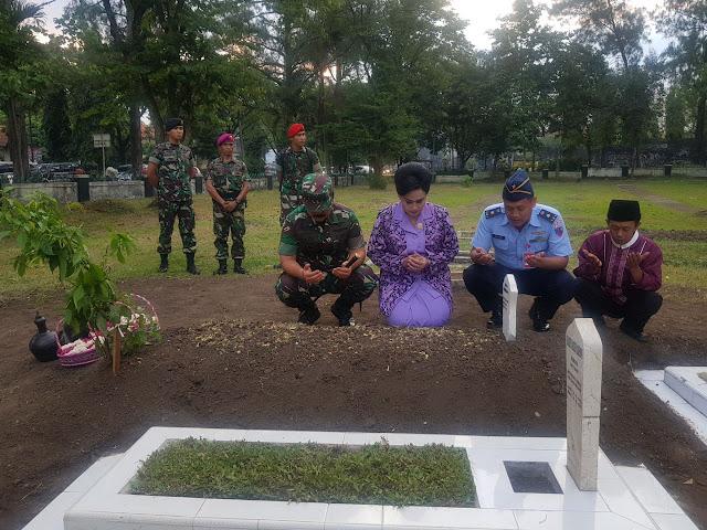 Panglima TNI Ziarah ke TMP Suropati Malang