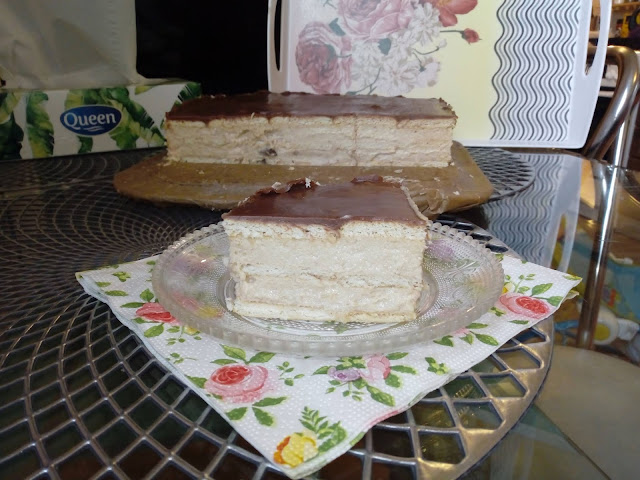 orzechowy sernik gotowany z rodzynkami sernik gotowany z orzechami wloskimi sernik na herbatnikach ciasto z orzechami sernik bez pieczenia sernik na zimno