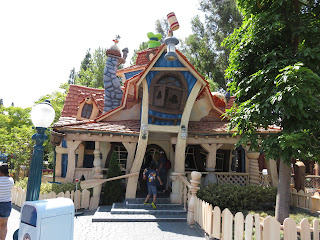 Goofy House Toontown Disneyland