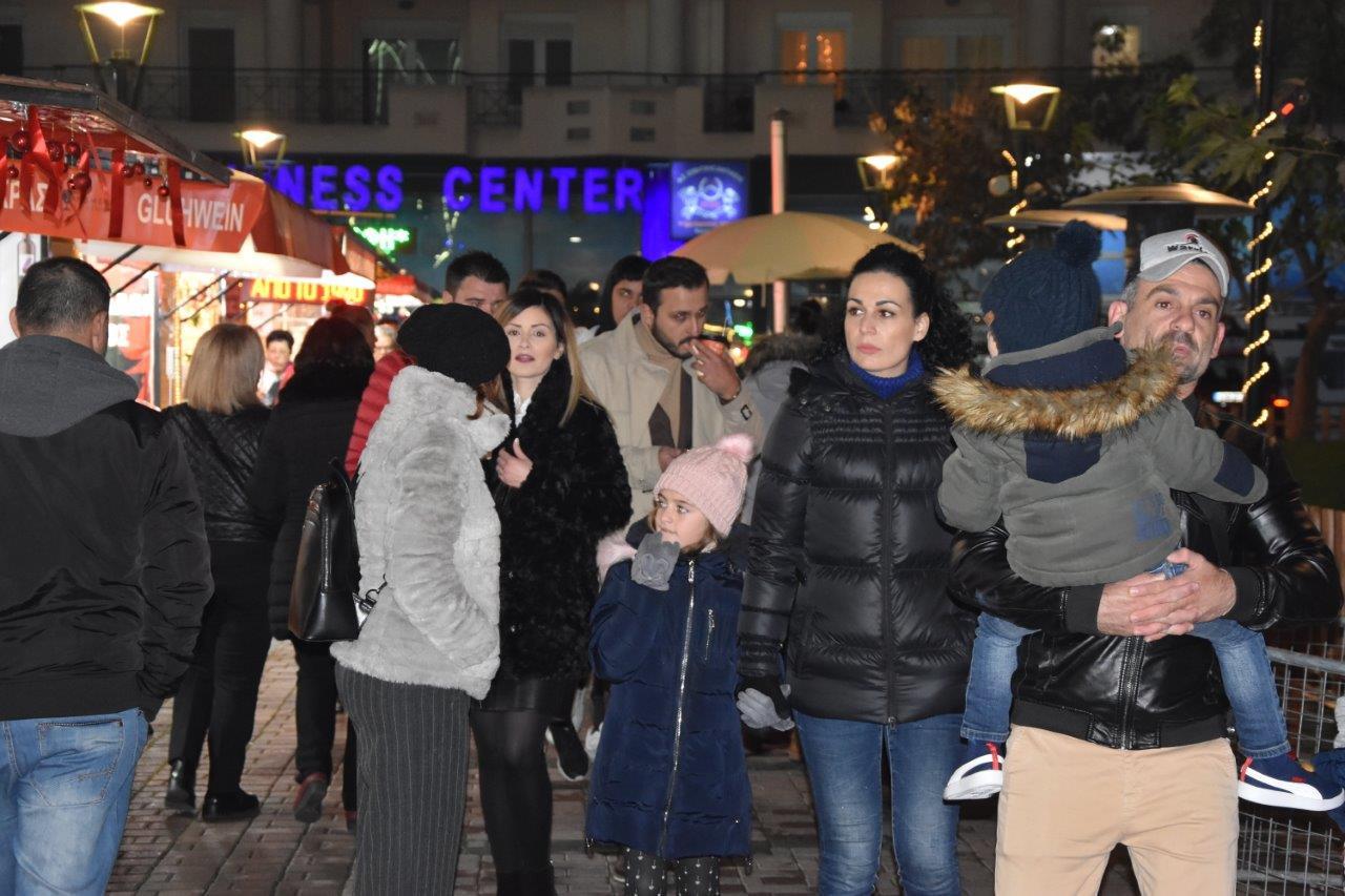 Δήμος Κατερίνης: «Πλημμύρισε» κατοίκους και επισκέπτες το Σαββατοκύριακο στις «Γωνιές των Χριστουγέννων»