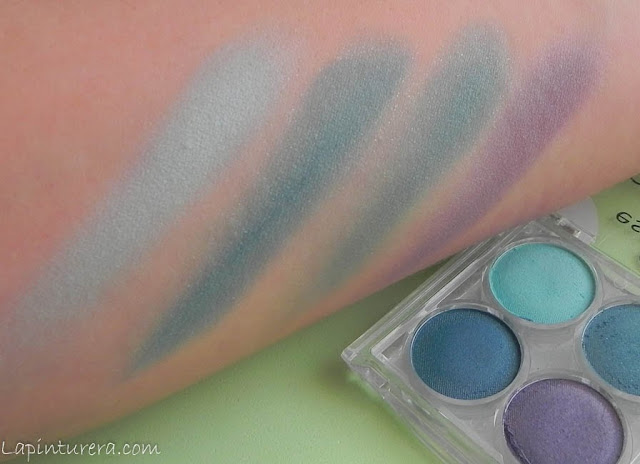 sombras essence swatch