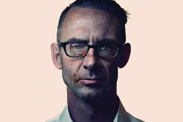 chuck palahniuk research paper Editor's note: this column is part of a collection of 36 total essays on the craft of writing by chuck palahniuk they were submitted starting in 2005, so this essay will refer to thinks in the past and therefore be on an older timeline.