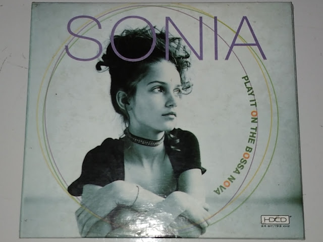 Cd Sonia - Play It On The Bossa Nova