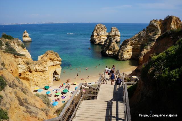 Praia do Camilo em Lagos, no Algarve