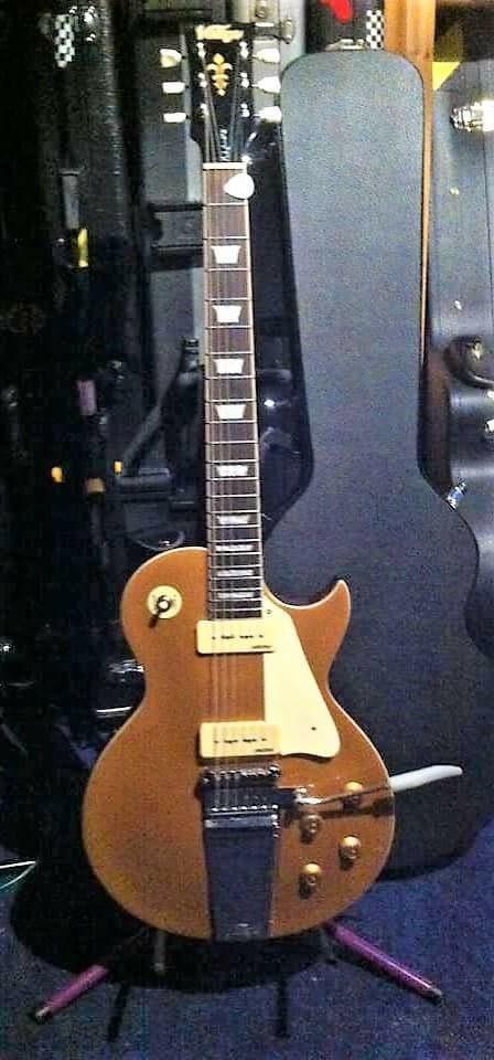 Midge ure signature guitar