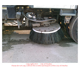 Old Antique Toys The Hubley Elgin Street Sweeper