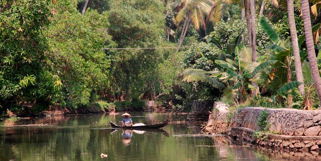 vie locale backwater kerala