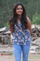 Nithya Ram Pos in Skinny Jeans at SUN TV Nandini Serial Press Meet .COM 0007.jpg
