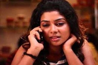 Sadhana Titus Goes too Glamour for Telugu