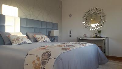 Cabeceira de cama azul