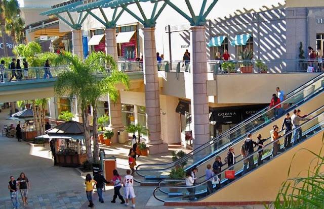 Informações do Shopping Fashion Valley Mall em San Diego