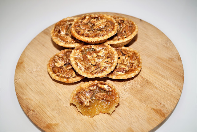 the best pecan tarts recipe, pecan tarts, tarts recipe